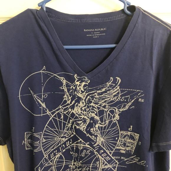 "Banana Republic Other - 🔴T-Shirt ""L"""